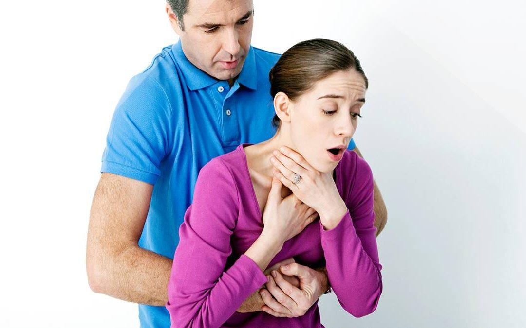 Aprende la Maniobra de Heimlich… ¡Puedes Salvar una Vida!